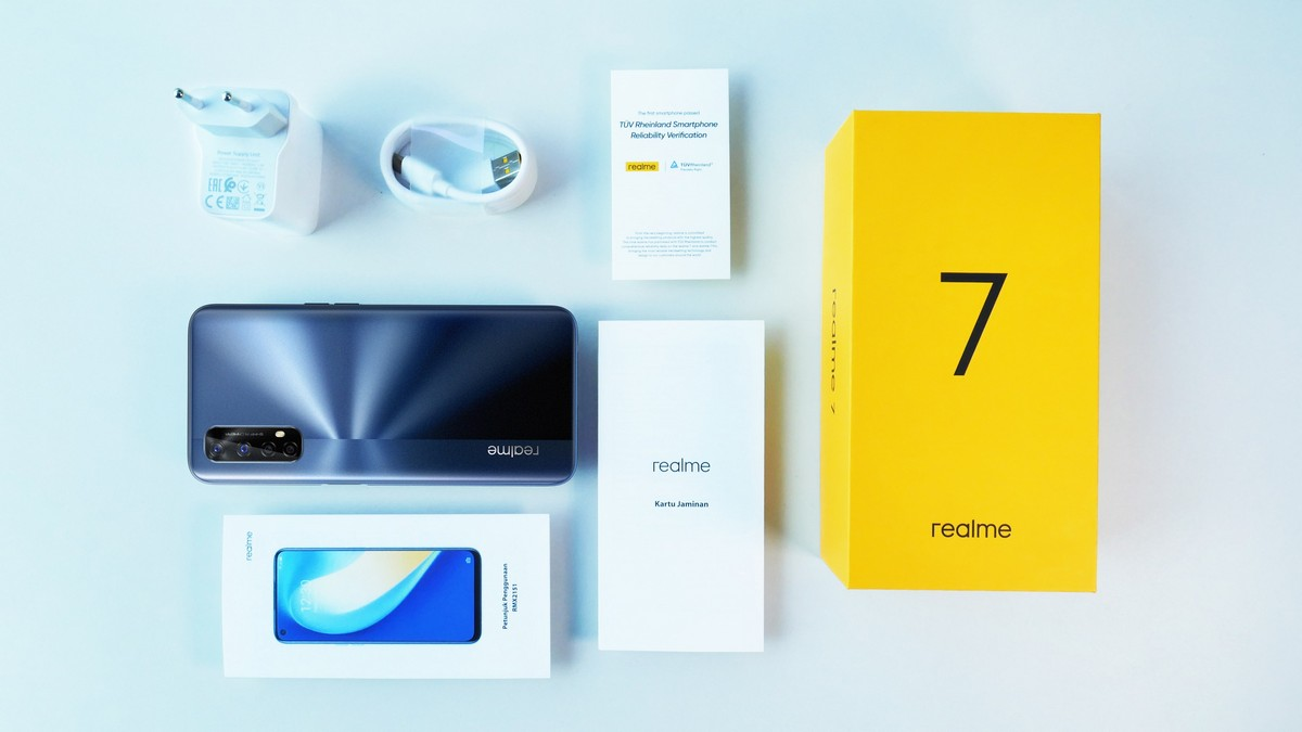 Whats in the box realme 7