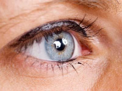 眼結膜為什麼容易發炎_眼部疾病病因