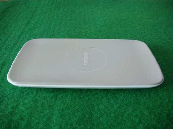 Samsung Galaxy S3 e Kablosuz Sarj Geliyor 02