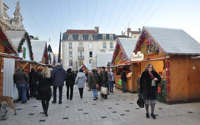 Marché-de-Noel-de-Nancy2