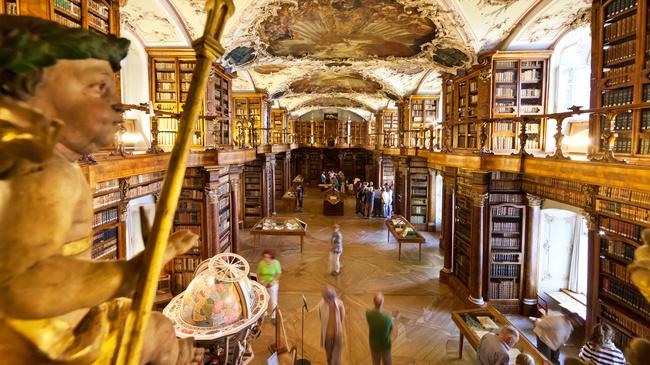 La bibliotheque de l'abbaye de Saint-Gall en Suisse