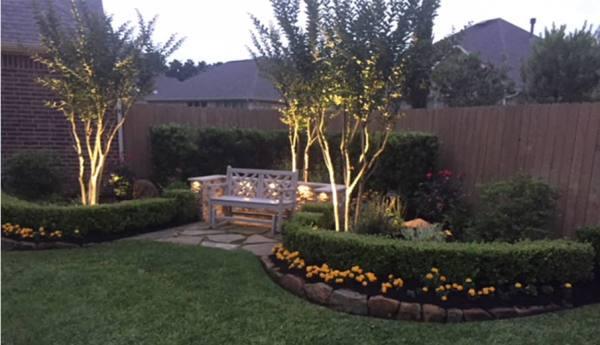 outdoor landscape night lighting