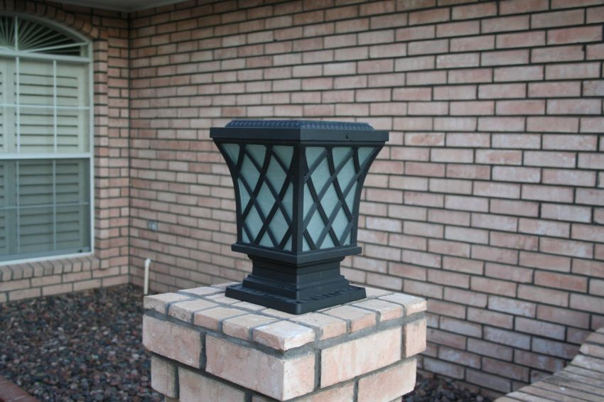 Solar Wall And Fence Lights