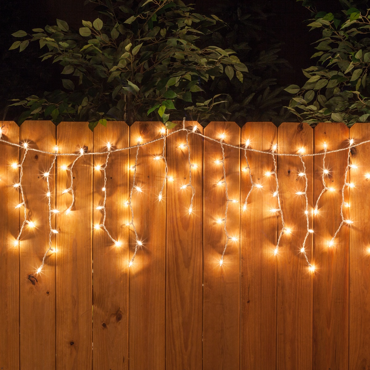 100 Icicle Lights Clear White Wire Yard Envy