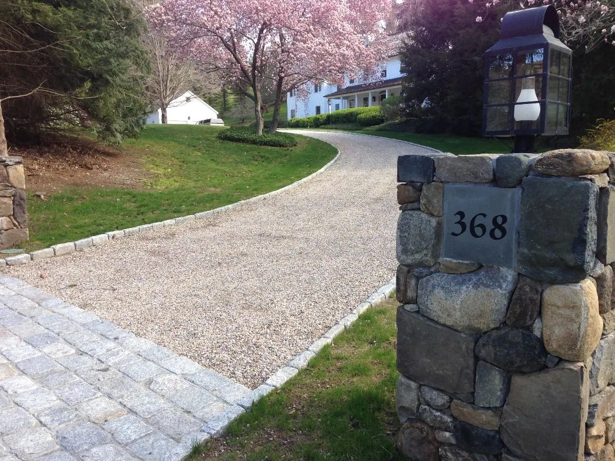 Washington CT Cobblestone aprons & curbing