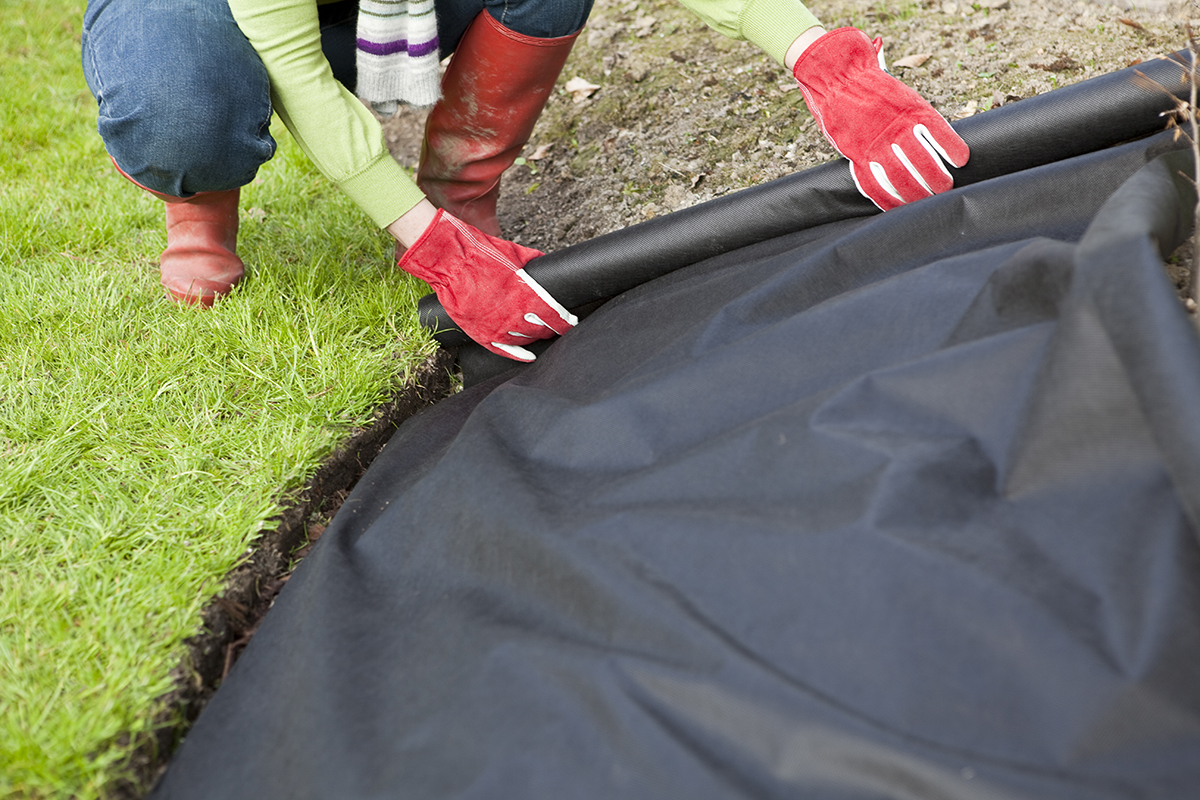 https www yardvillesupply com blog 9 things know install backyard pavers