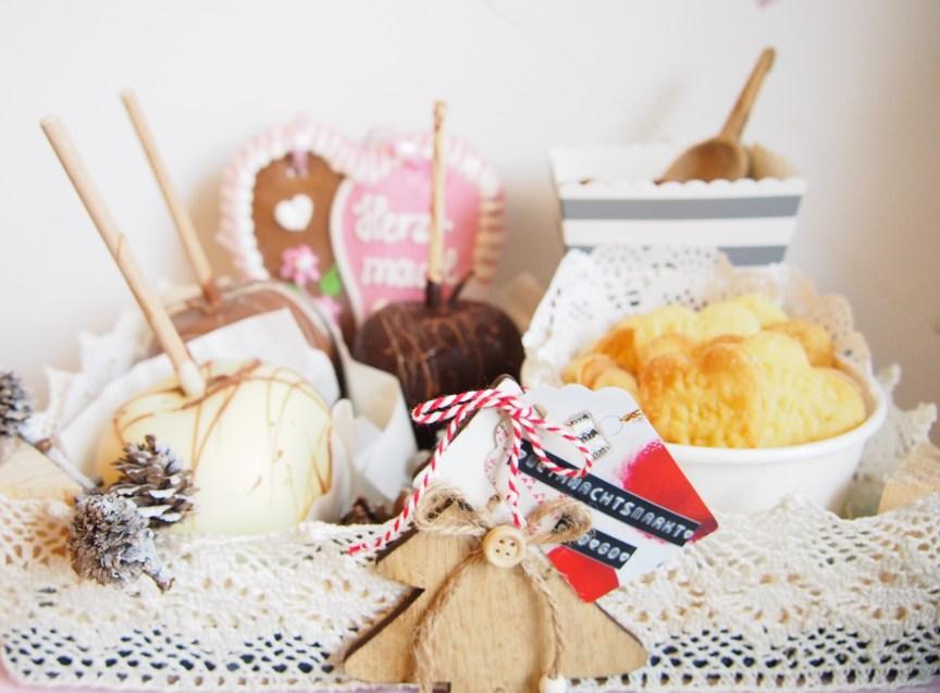 Weihnachtsmarkt to go, DIY, Mini Candy Bar, Winterhochzeit, Weihnachten, Pfefferkuchen, Plätzchen, gebrannte Mandeln, Schokofrüchte