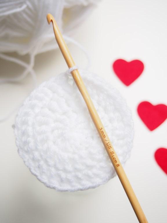 Valentinstag, häkeln, Herz, umhäkeltes Glas, DIY, Herzmuster, Anleitung