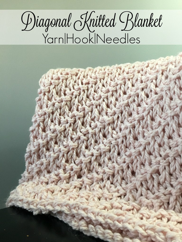 Diagonal knitted blanket with free pattern yarnhookneedles dt1010fo