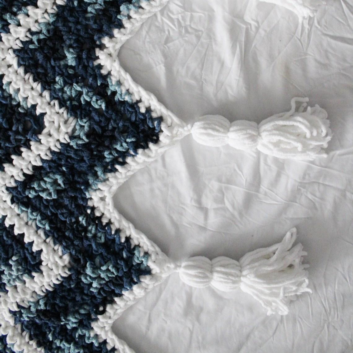 Waterfall Blanket Pattern Using Bernat Blanket Yarn Yarnhookneedles