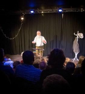 Orienteering-Theatre-Performance-Bristol-Improv-Theatre-Intro-4