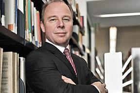 """Allianz Baş Ekonomisti Michael Heise: """"Tasarruf sahipleri için tablo toz pembe değil."""""""