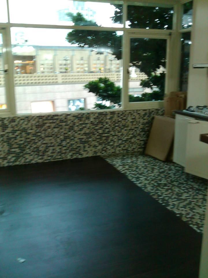 廚房貼馬賽克磁磚