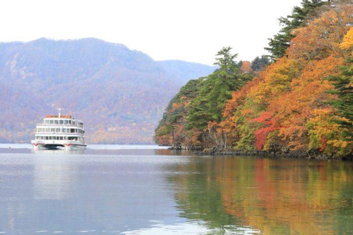 日本青森夢幻極景 青森奧入瀨溪流十和田湖散策 @YA !野旅行-吃喝玩樂全都錄