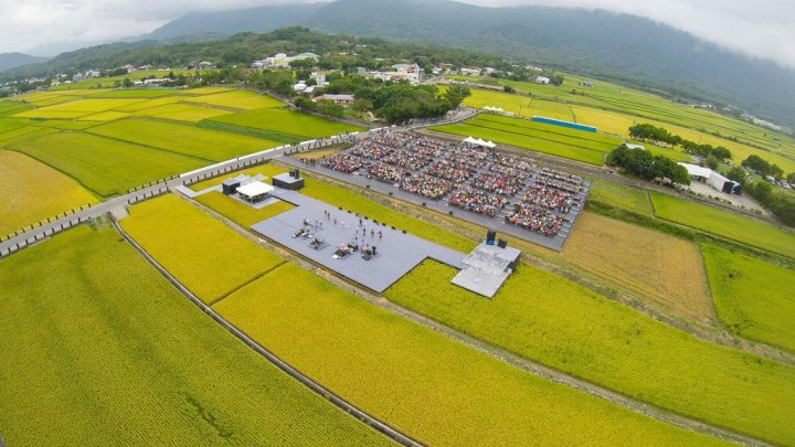 今秋池上藝術豐收 歌王歌后稻田開唱 @YA !野旅行-吃喝玩樂全都錄