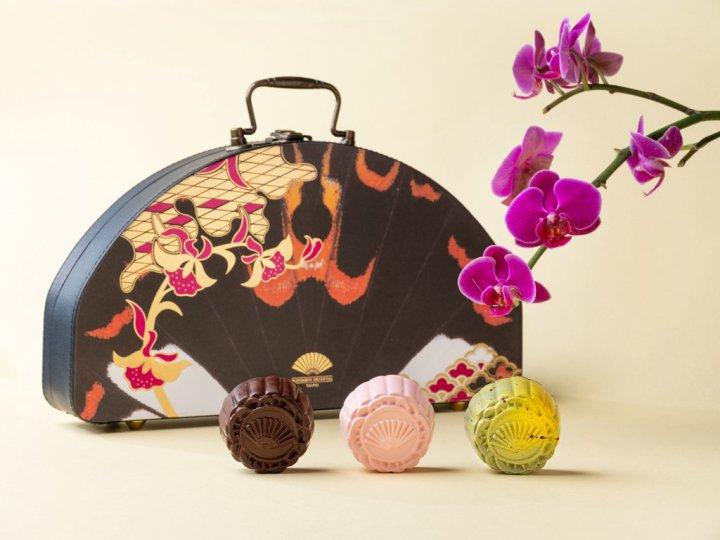 扇享中秋時尚獻禮   台北文華東方酒店推出月餅禮盒 典雅珠寶盒設計盡顯極致奢華  @YA !野旅行-吃喝玩樂全都錄