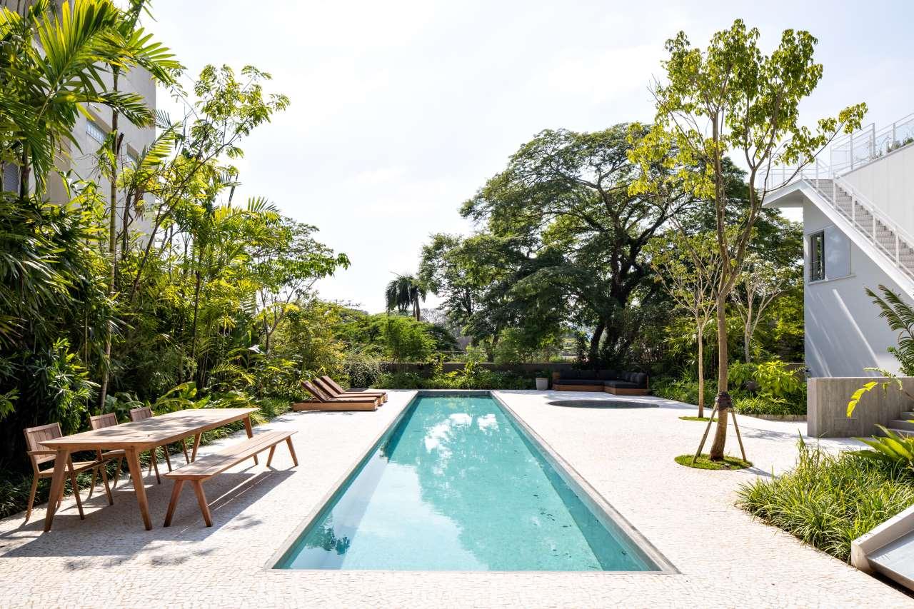 Felipe Hess Masterfully Rejigs A Sao Paulo Residence Yatzer