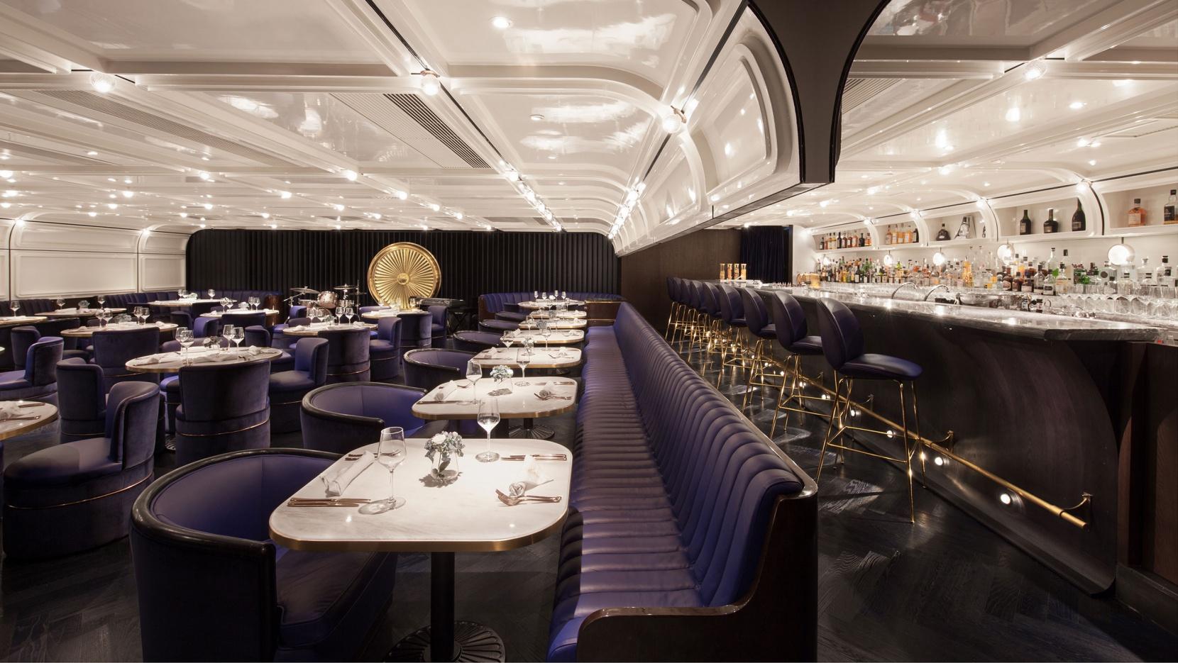 Foxglove Lounge Bar an Exclusive Den in the Heart of Hong