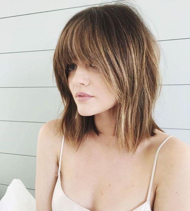 haircut photo 2020 on medium hair with long bangs