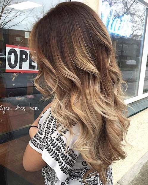 Hairstyle with long hair with curls