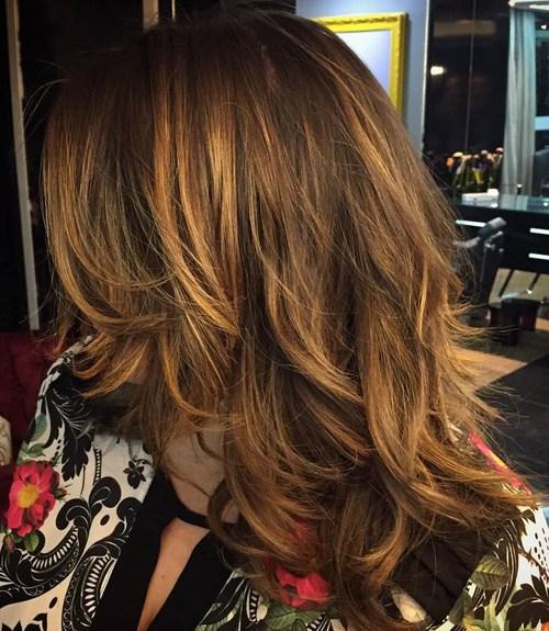 Photo how to style a cascade haircut on medium hair