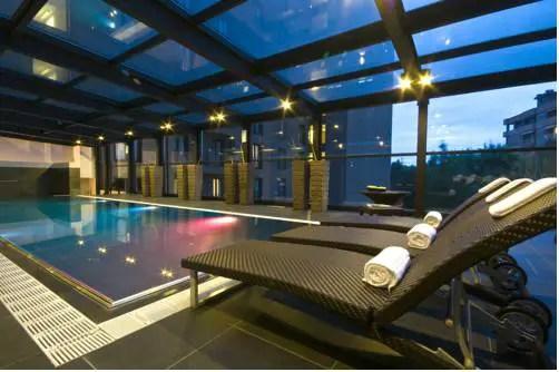 Best hotel to get free loyalty program reward nights in Milan : Radisson Blu Hotel Milan