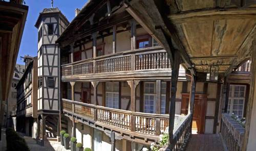 Best hotel to get free loyalty program reward nights in Strasbourg : Cour du Corbeau - MGallery by Sofitel