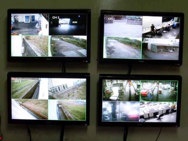 """""""監視系統""""以CMS配置""""多螢幕""""並分配不同分割數"""