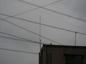 遠距離無線網路 配置於複雜高壓電線群,無影響連接訊號