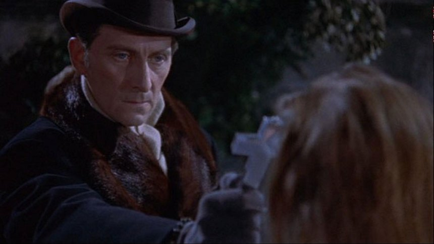 Peter Cushing in Dracula