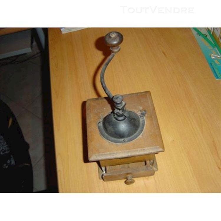 moulin à café peugeot antique