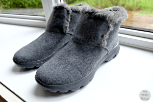 Skechers GOwalk Move Arctic Boot – Keeping My Feet Cozy This Fall & GIVEAWAY