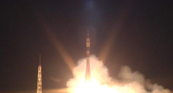 שיגור טיל הסויוז מבאייקונור לתחנת החלל