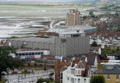 Council leader welcomes visitors back to Southend