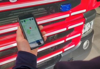 Fire service uses smartphone app to find motorists trapped in Mountnessing flood water