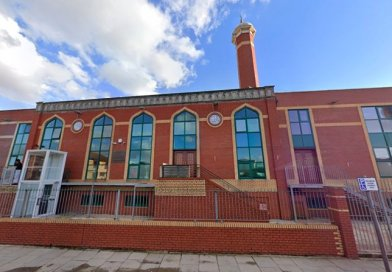 Hate attack on worshippers at Ilford mosque