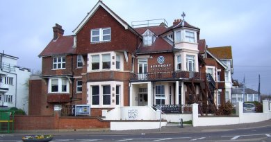 Former Westcliff art gallery building up for sale
