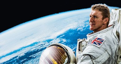 Twin Peakes – astronaut to stage two shows at Cliffs Pavilion