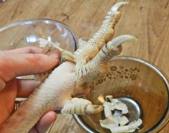 how to prepare turkey feet for stock- yellow birch hobby farm