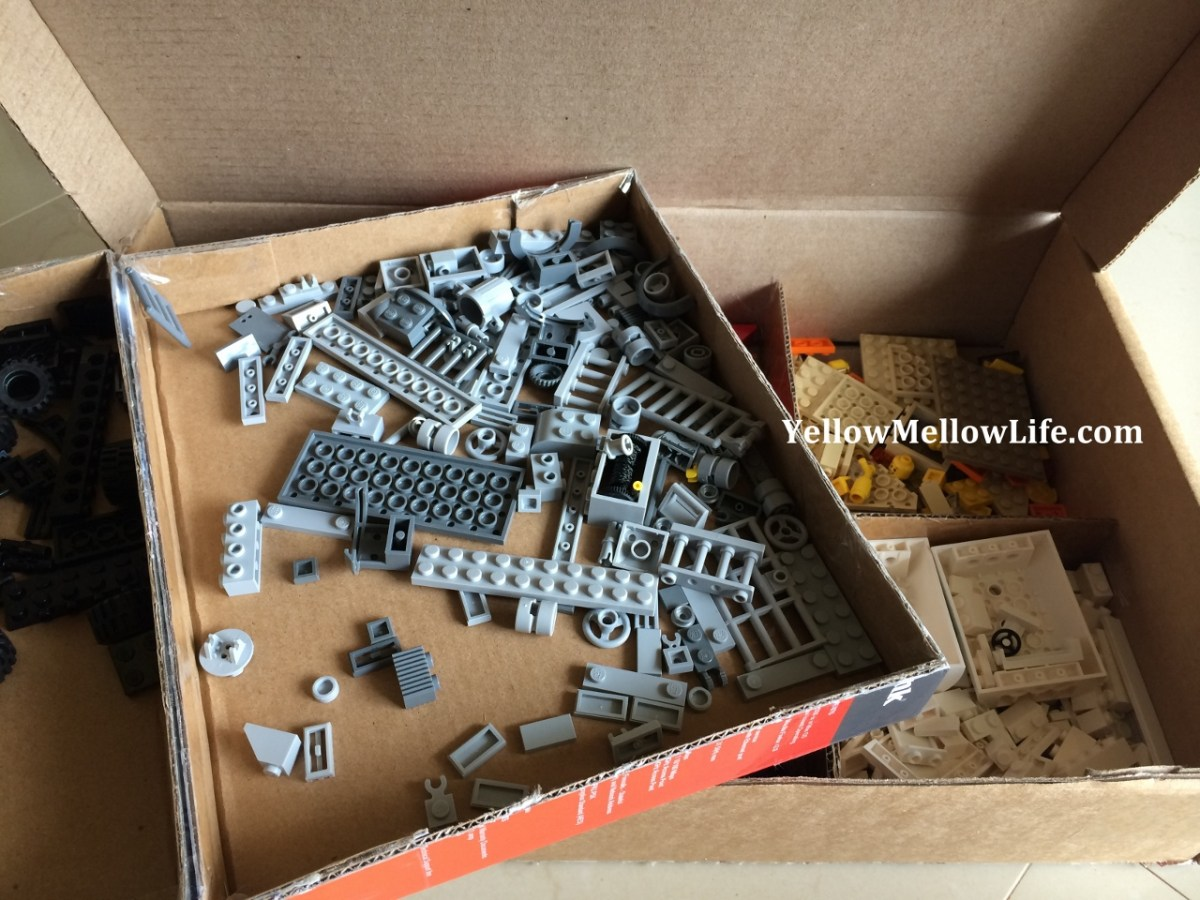 organize and store Lego DIY