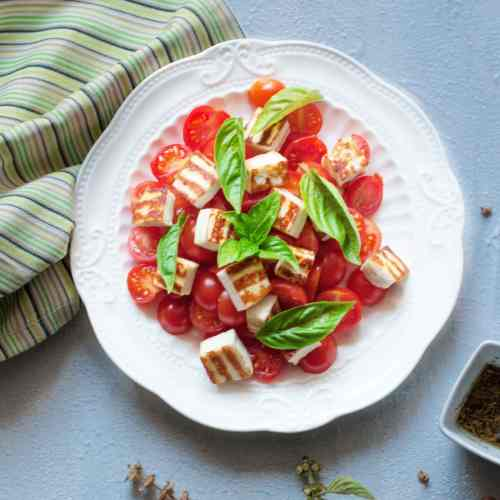 Cottage Cheese and Tomato Salad