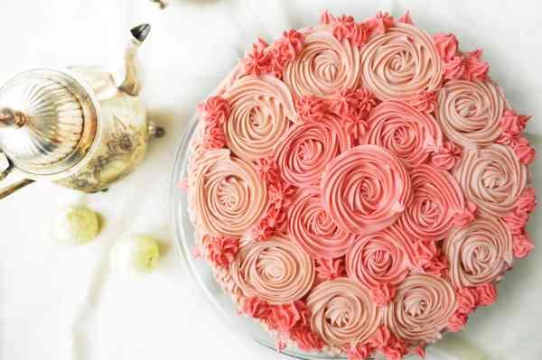 Strawberry Buttercream Cake