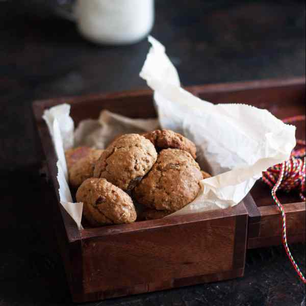 Healthy Oatmeal and Raisin Cookies
