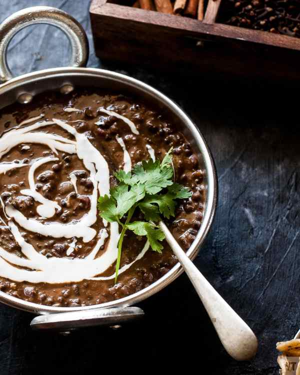 Restaurant Style Dal Makhani Recipe - with instant pot and pressure cooker methods.Authentic Punjabi dal makhani recipe is Gluten Free & Vegetarian. #dal #indianfood #vegetarian #lentils #punjabi #indianrecipe #dalmakhani