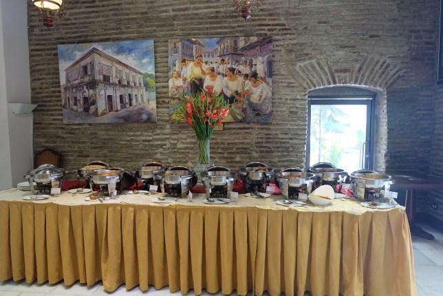 Hotel Luna _Buffet Set-up