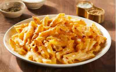 Beecher's Best Selling Smoked Flagship Mac & Cheese serves 2-4