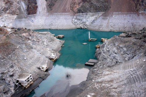 coruh-nehri-uzerindeki-3-barajda-su-seviyesi-azaldi-6869-dhaphoto10.jpg