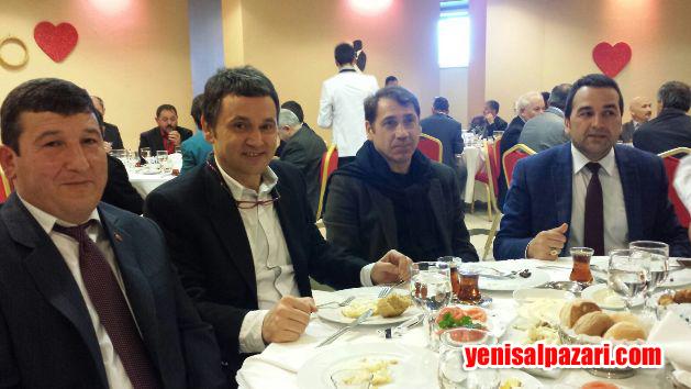 """Kahvaltıya Meltem TV Spor Müdürü Mustafa Kahraman ve Trabzonspor'un efsane futbolcusu """"Başbakan"""" lakaplı Lemi Çelik de katıldı"""