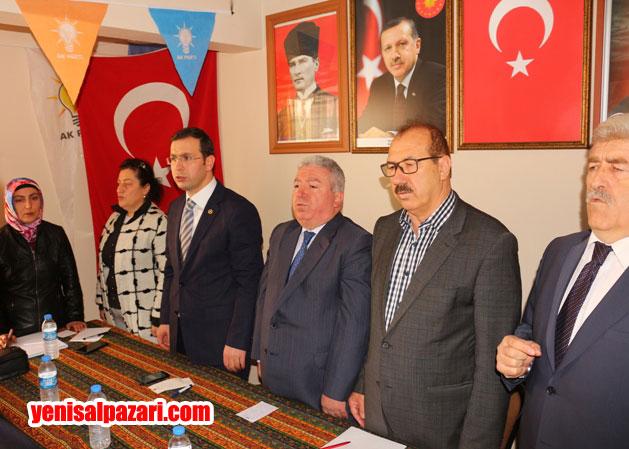 İlçe Danışma Meclisi Toplantısı saygı duruşu ve İstiklal Marşımızın okunmasıyla başladı