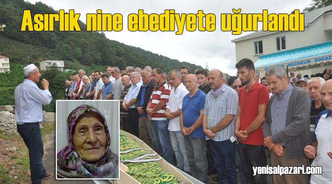 Ayşe Yılmaz'ın cenazesi Üzümözü Mahallesi'nde toprağa verildi